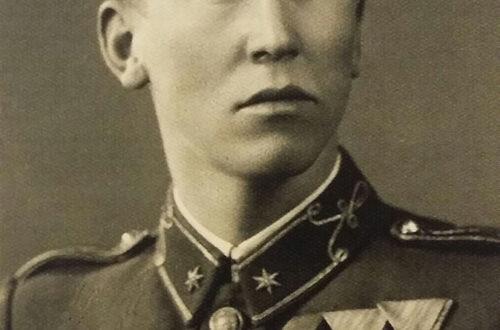 Both Rajmund százados