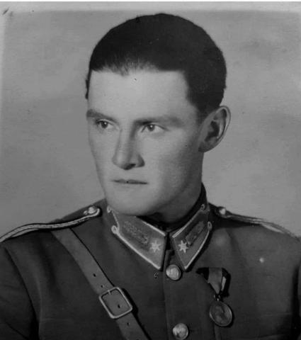 Gencsy-Tibor-huszarfhdgy.